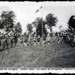 Camp de Lésigny - Juillet 1942 - Le salut du drapeau