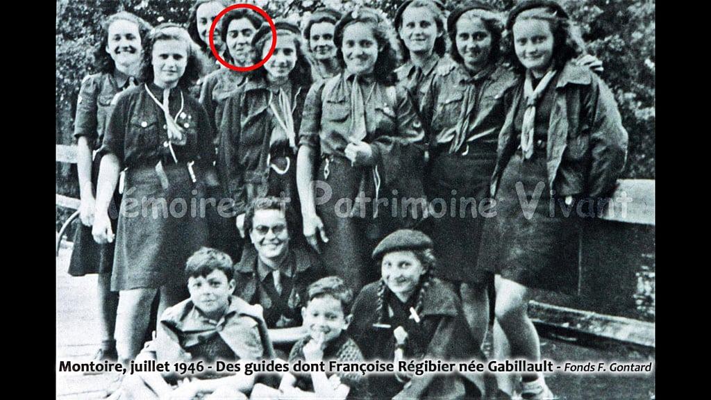 Montoire, juillet 1946. Groupe de guides.