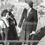 Antoinette Duval née Gobin, cheftaine et 2 jeannettes